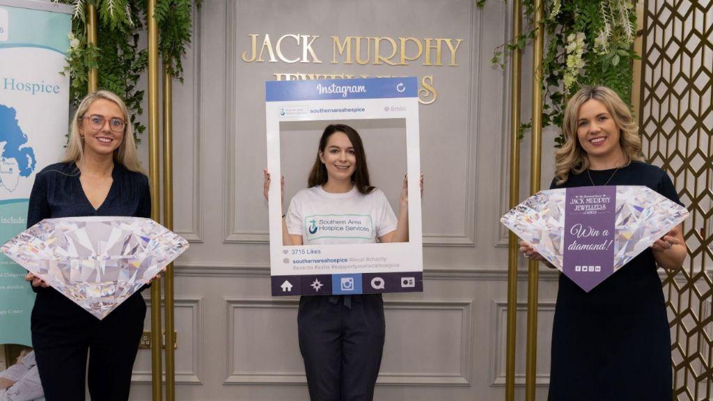 Jack Murphy Jewellers partner with Hospice for Diamond Raffle
